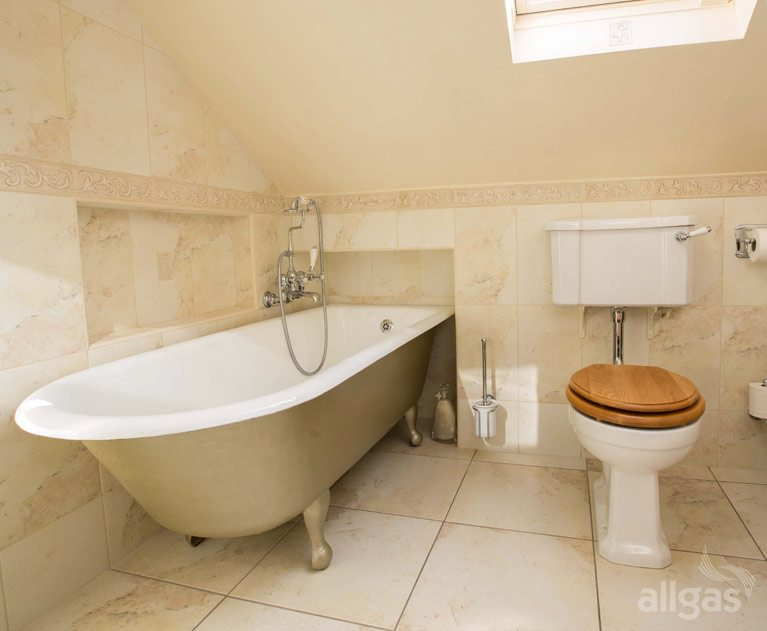 Our Recommendations For Traditional Bathrooms: Traditional Bathroom Installation Killester
